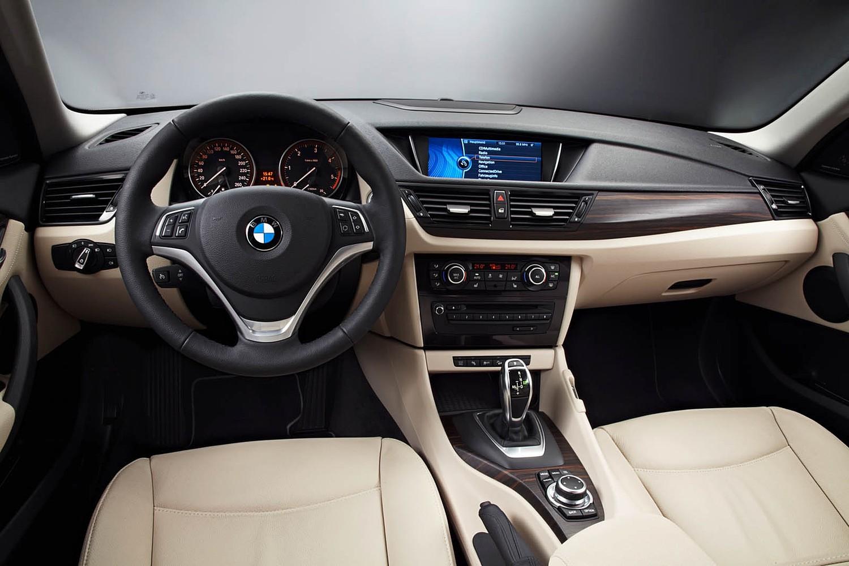 BMW X1 xDrive35i 4dr SUV Dashboard (2013 model year shown)