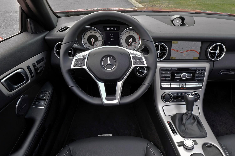 Mercedes-Benz SLK-Class SLK350 Convertible Dashboard (2013 model year shown)