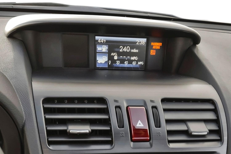 Subaru Forester 2.5i Premium PZEV 4dr SUV Center Console (2014 model year shown)