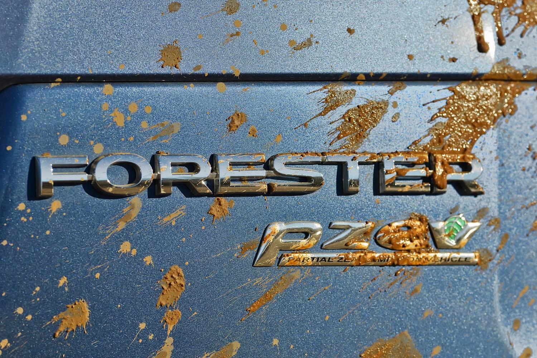 Subaru Forester 2.5i Premium PZEV 4dr SUV Rear Badge (2014 model year shown)