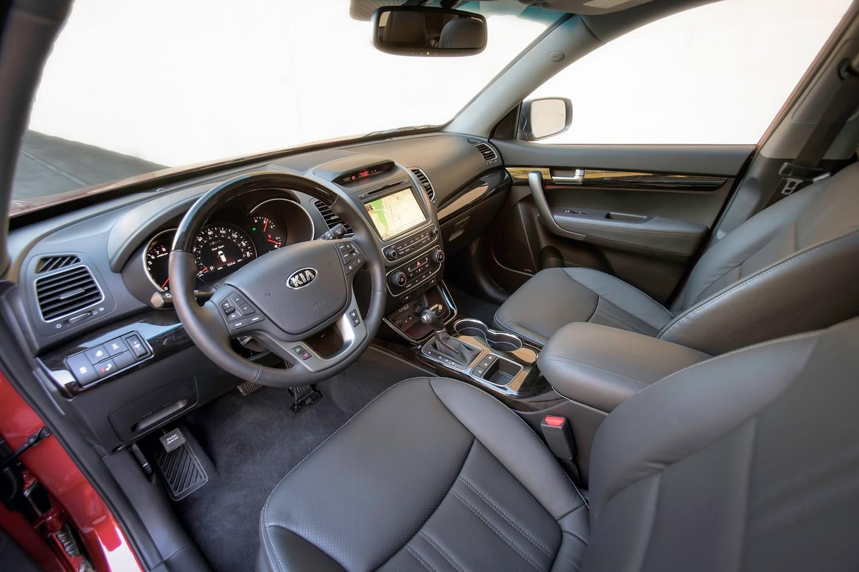 Kia Sorento SX 4dr SUV Interior Shown (2014 model year shown)