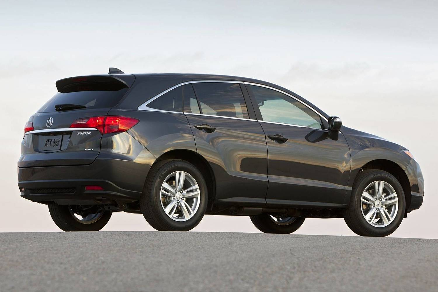 Acura RDX 4dr SUV Exterior (2014 model year shown)