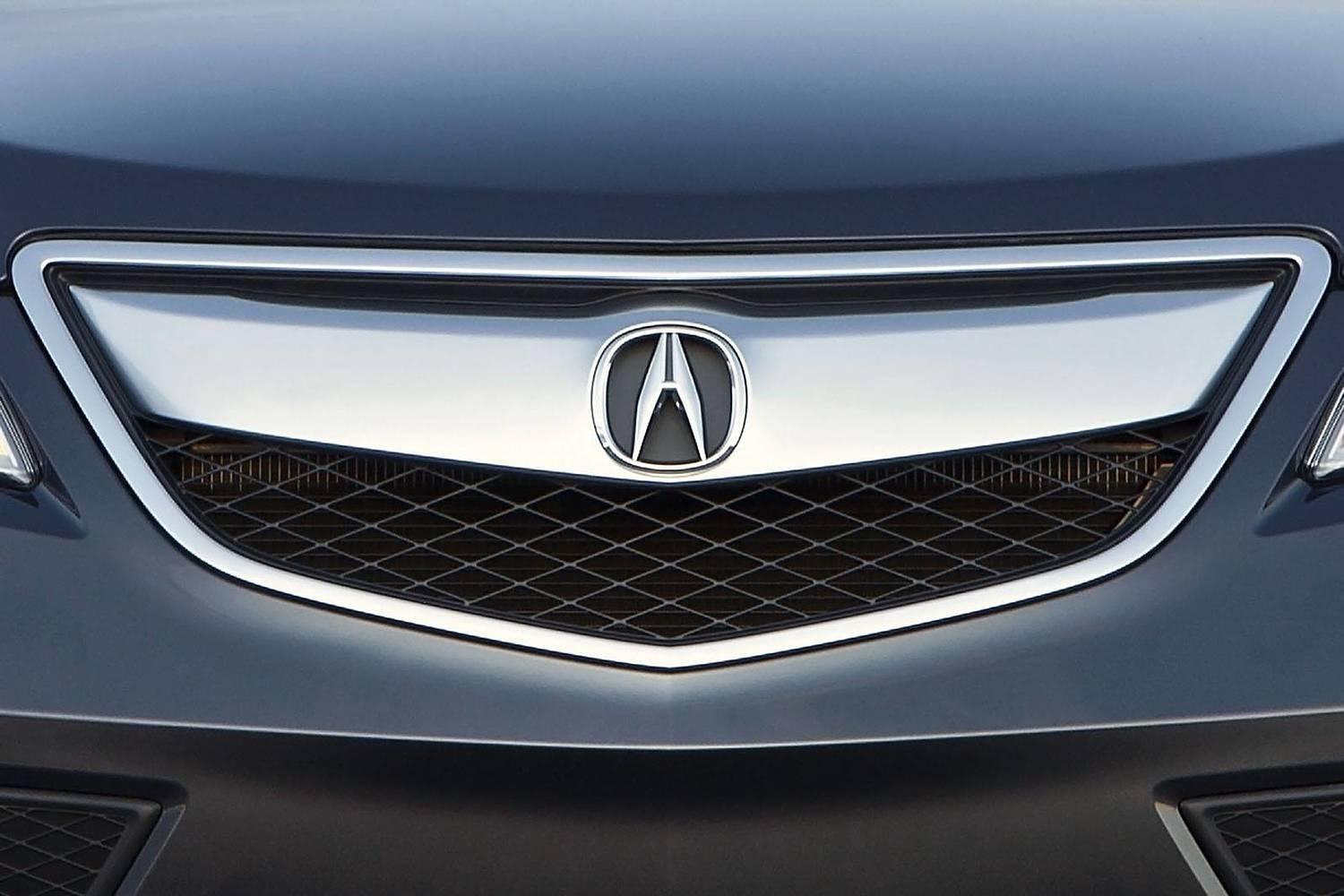 Acura RDX 4dr SUV Front Badge (2014 model year shown)