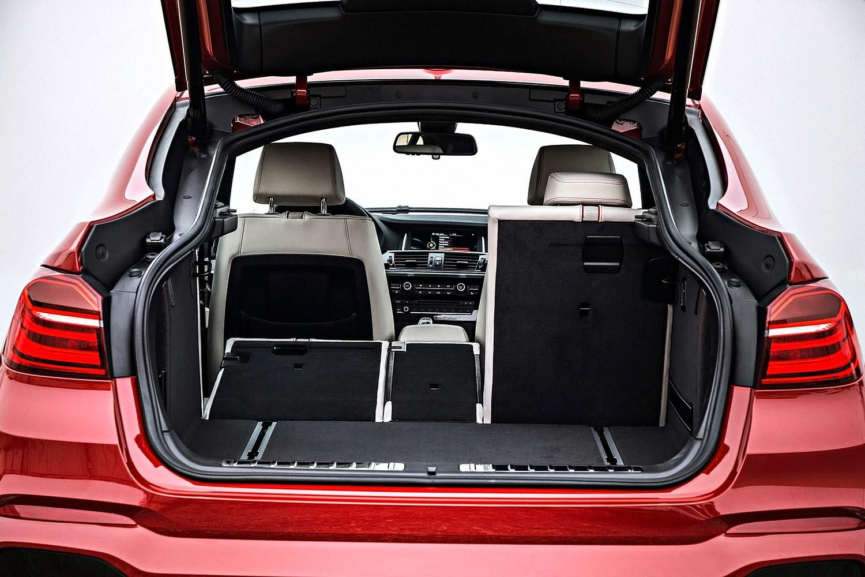 BMW X4 xDrive35i 4dr SUV Interior (2015 model year shown)