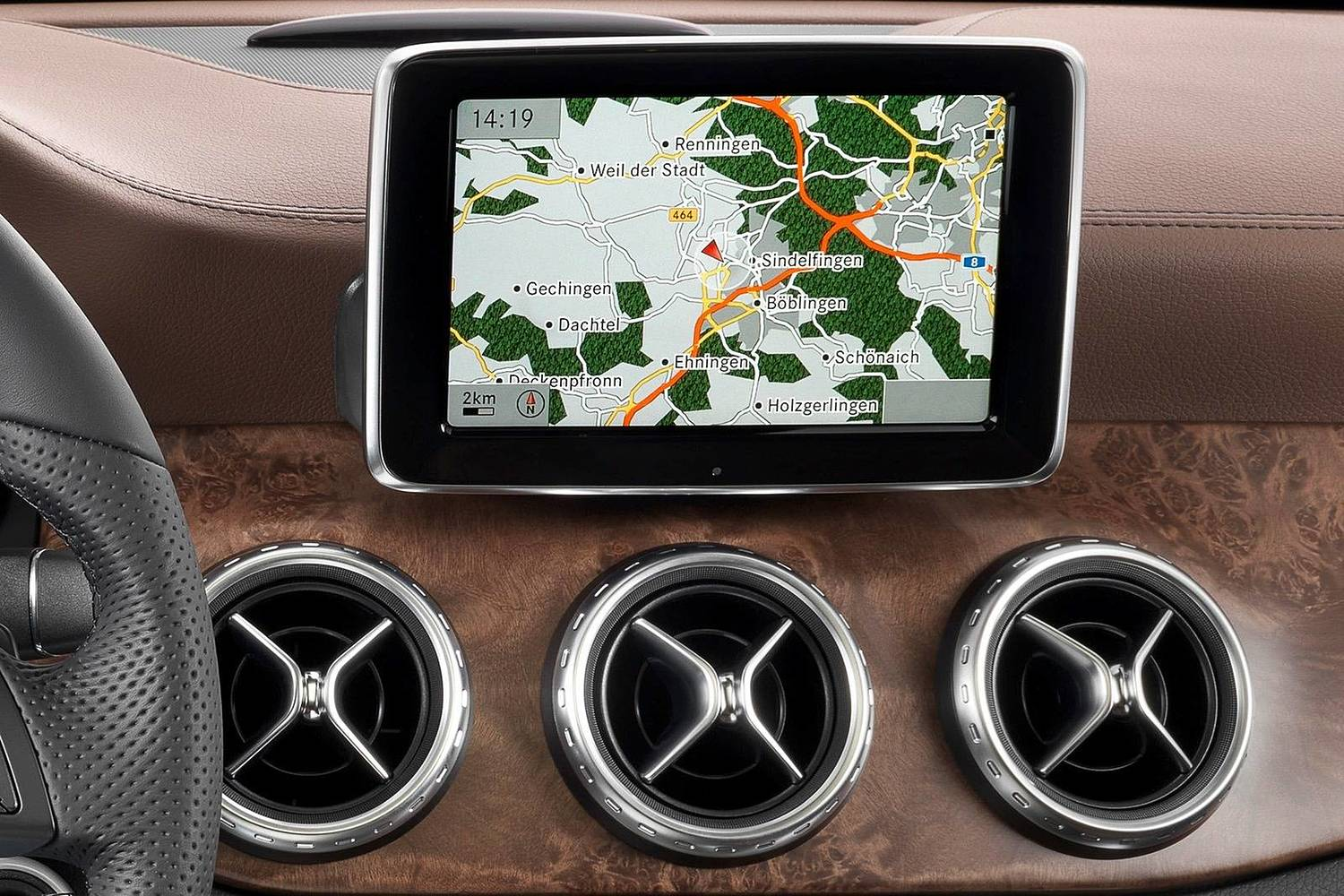 Mercedes-Benz GLA-Class GLA250 4MATIC 4dr SUV Navigation System (2015 model year shown)