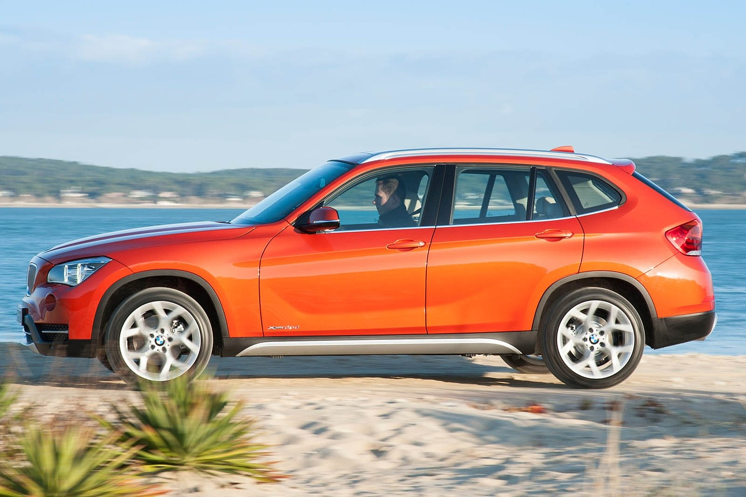 BMW X1 xDrive35i 4dr SUV Exterior (2014 model year shown)