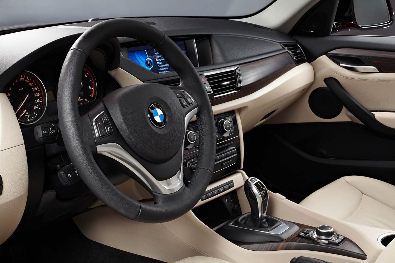 BMW X1 xDrive35i 4dr SUV Interior (2014 model year shown)