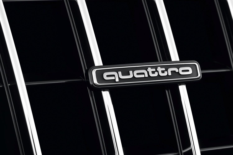 Audi Q5 3.0T Prestige quattro 4dr SUV Front Badge (2014 model year shown)