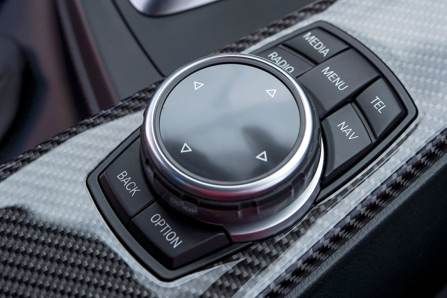 BMW M4 Coupe Aux Controls (2015 model year shown)