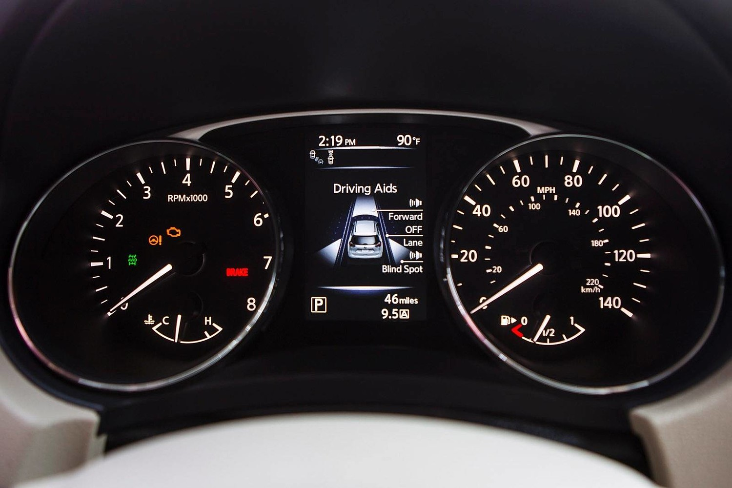 Nissan Rogue SL 4dr SUV Gauge Cluster (2014 model year shown)