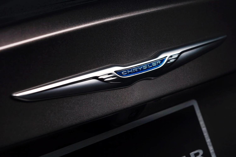 2015 Chrysler 200 C Sedan Rear Badge