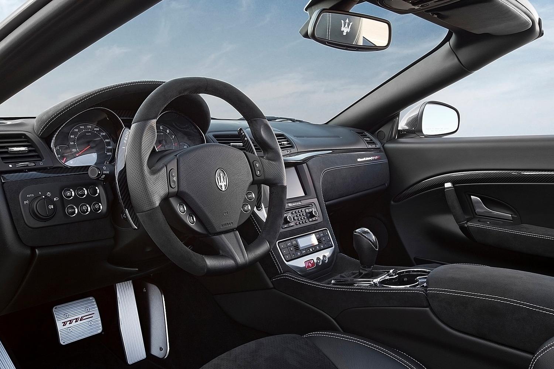 Maserati GranTurismo Convertible MC Convertible Interior (2014 model year shown)