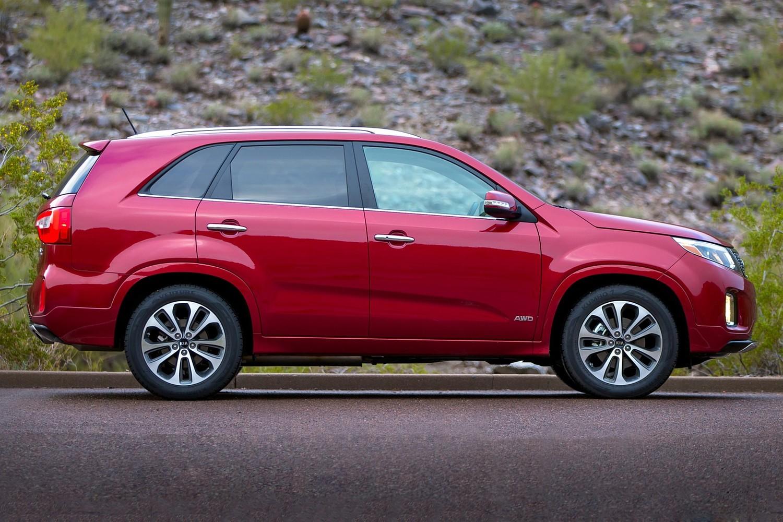 2015 Kia Sorento SX 4dr SUV Profile Shown