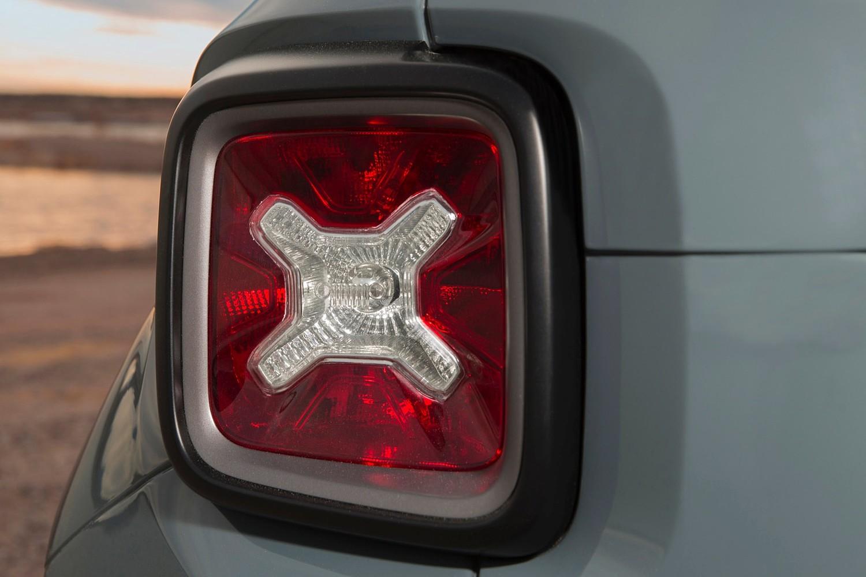2015 Jeep Renegade Latitude 4dr SUV Exterior Detail