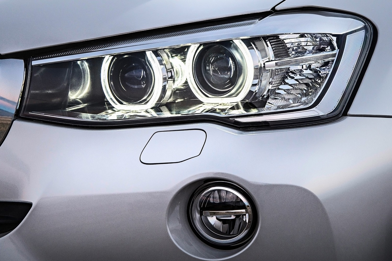 BMW X3 xDrive28d 4dr SUV Exterior Detail (2015 model year shown)