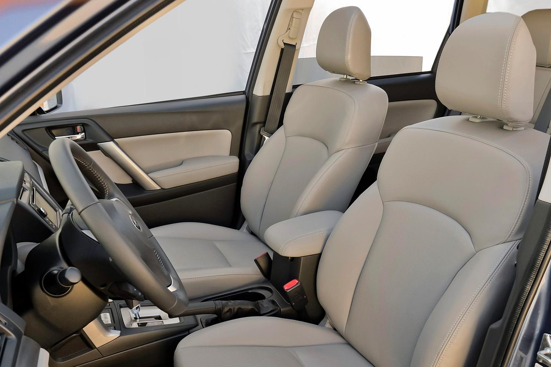 2015 Subaru Forester 2.5i Limited PZEV 4dr SUV Interior