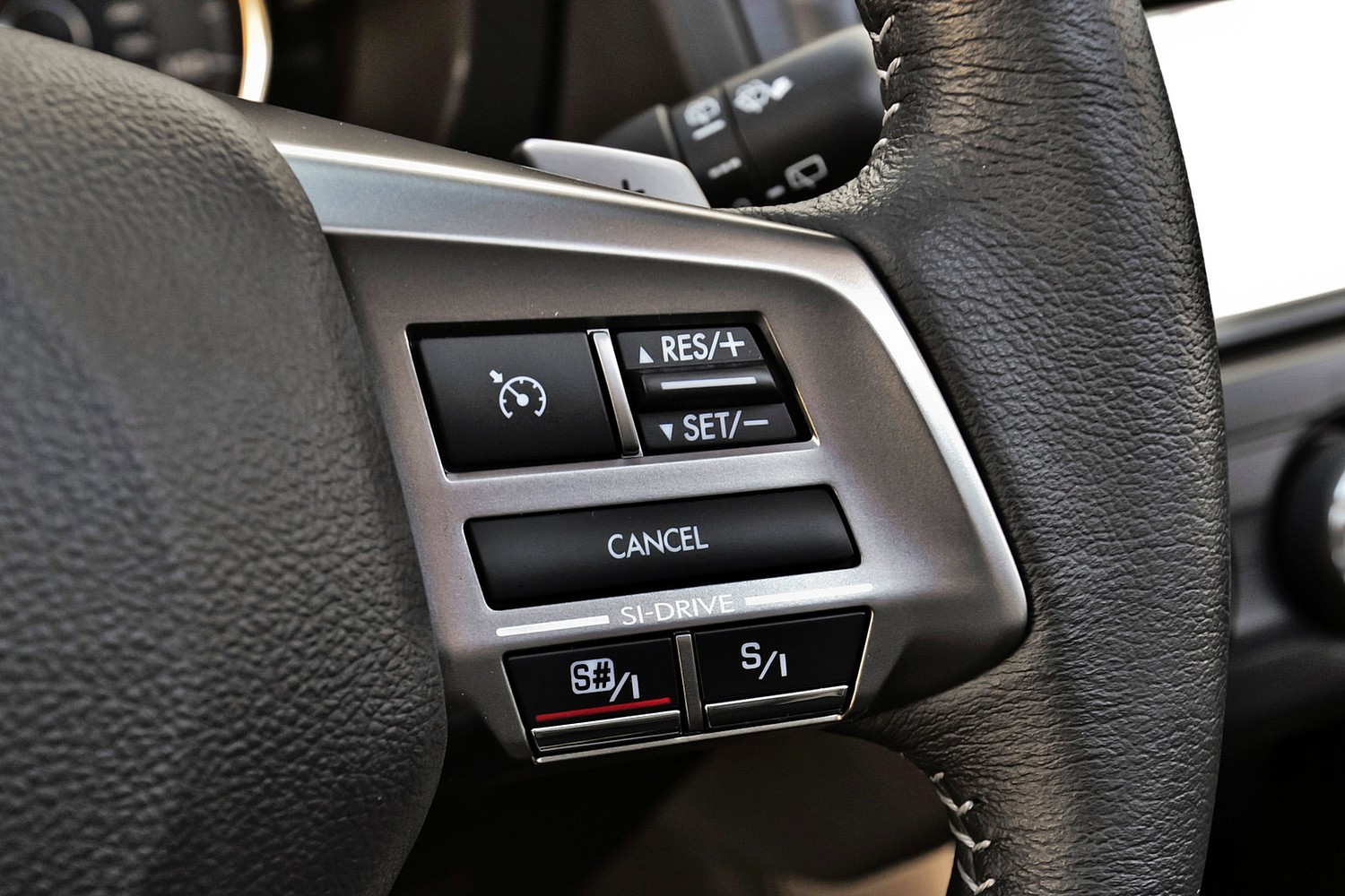 2015 Subaru Forester 2.0XT Touring 4dr SUV Steering Wheel Detail
