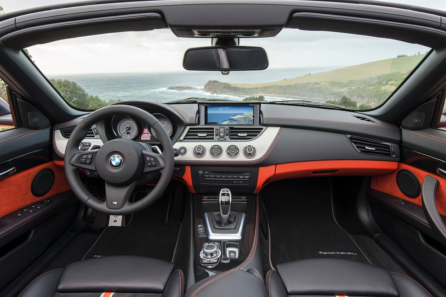 2015 BMW Z4 sDrive35is Convertible Dashboard