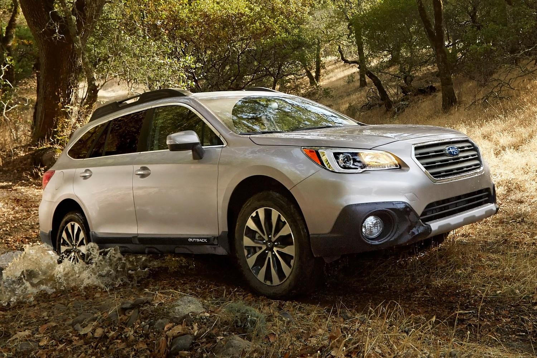 2015 Subaru Outback 3.6R Limited Wagon Exterior