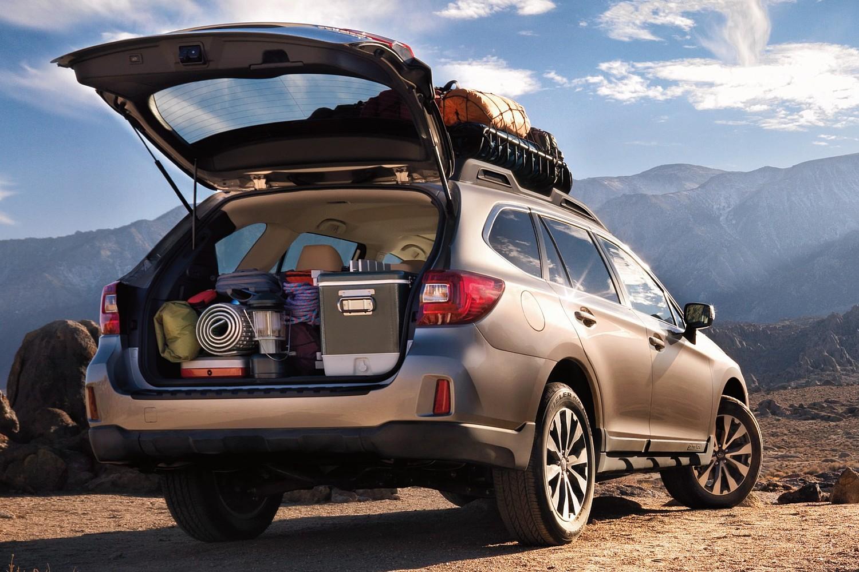 2015 Subaru Outback 3.6R Limited Wagon Cargo Area