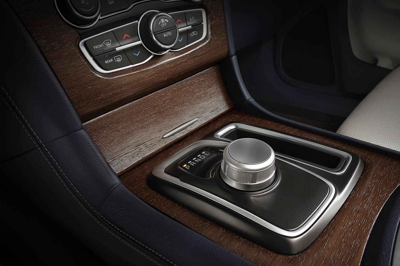 Chrysler 300 C Platinum Sedan Shifter (2015 model year shown)