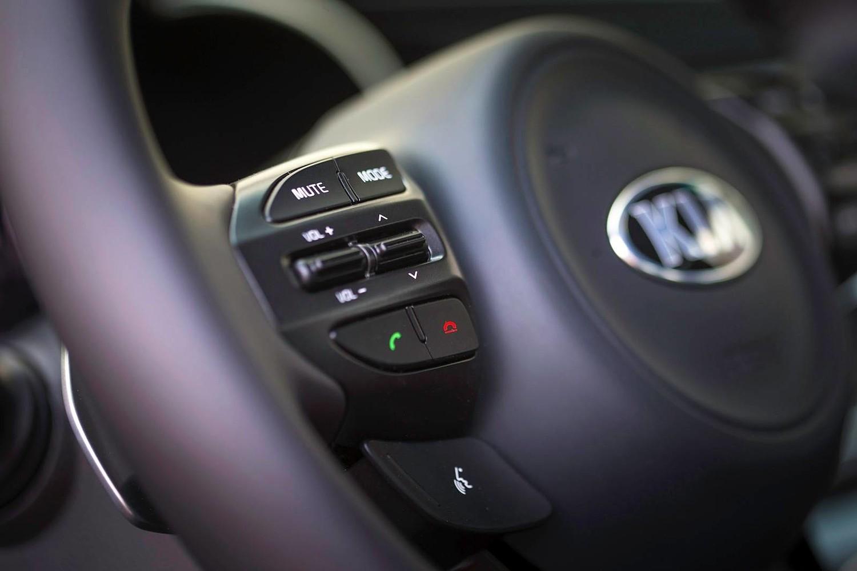 2015 Kia Optima SX Turbo Sedan Steering Wheel Detail Shown