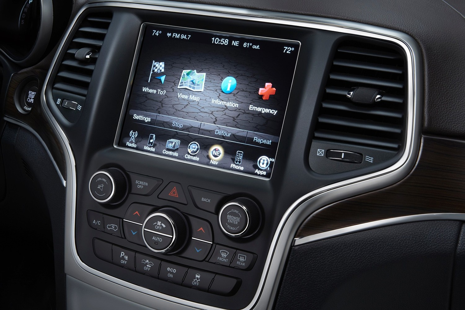 Jeep Grand Cherokee Summit 4dr SUV Center Console (2015 model year shown)