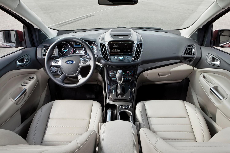2015 Ford Escape Titanium 4dr SUV Dashboard