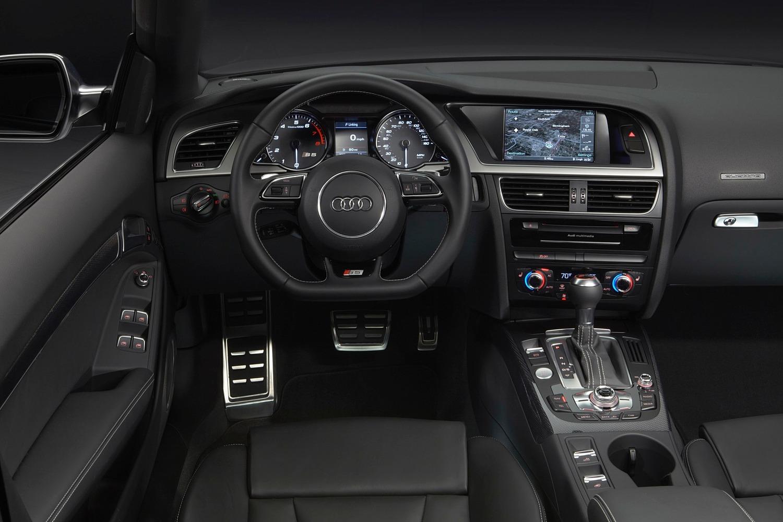 Audi S5 Convertible Prestige quattro Dashboard (2015 model year shown)
