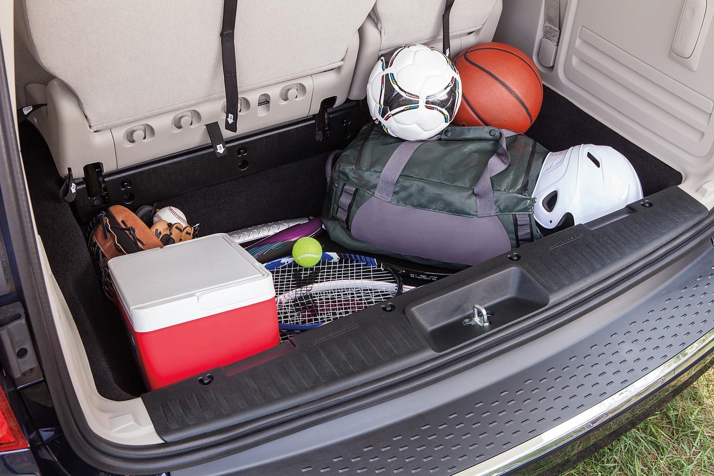 2015 Dodge Grand Caravan SXT Plus Passenger Minivan Cargo Area