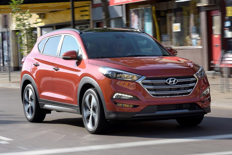 2016 Hyundai Tucson Limited 4dr SUV Exterior Shown