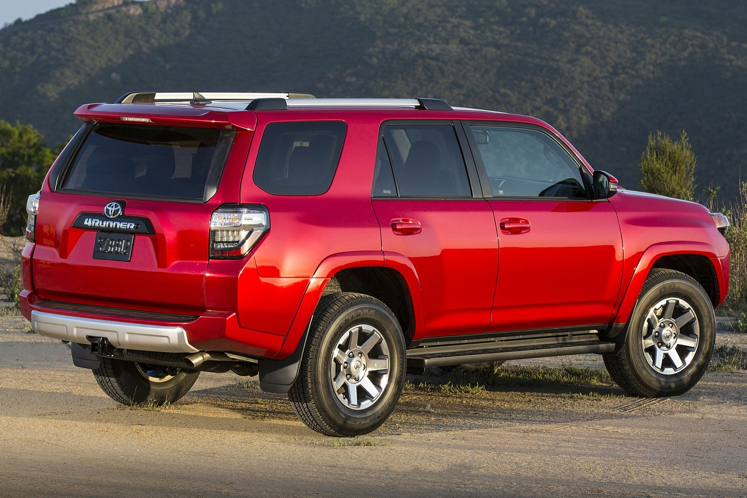 2015 toyota 4runner suv vehie. Black Bedroom Furniture Sets. Home Design Ideas