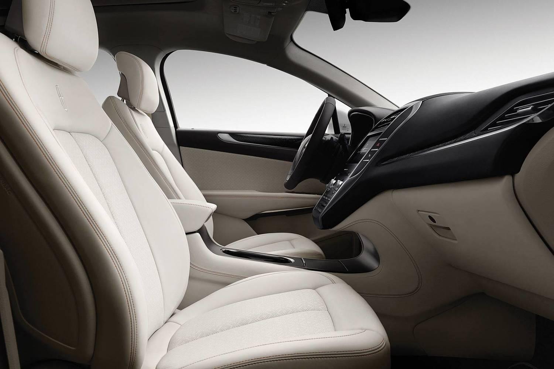 Lincoln MKC Black Label 4dr SUV Interior (2015 model year shown)