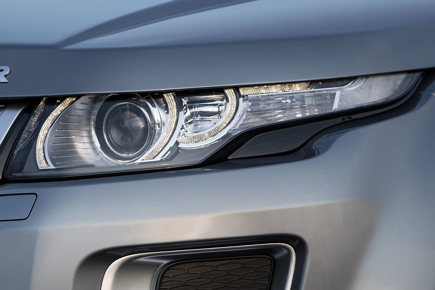 2015 Land Rover Range Rover Evoque Autobiography 4dr SUV Headlamp Detail