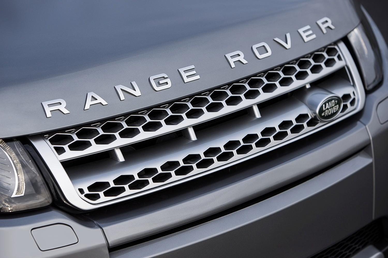 2015 Land Rover Range Rover Evoque Autobiography 4dr SUV Front Badge