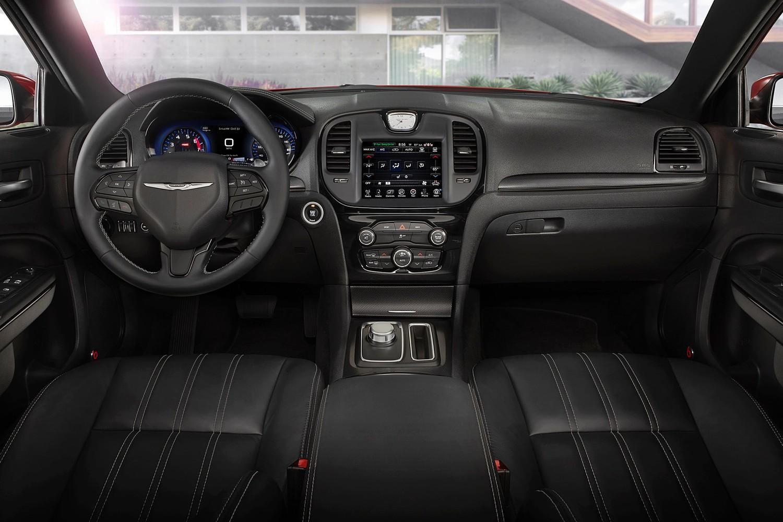 2015 Chrysler 300 S Sedan Dashboard