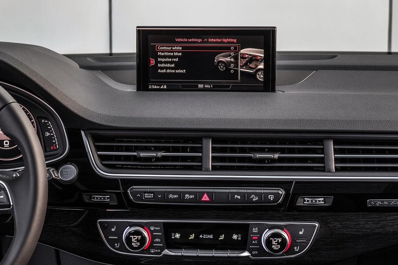 2017 Audi Q7 Prestige 4dr SUV Center Console Shown