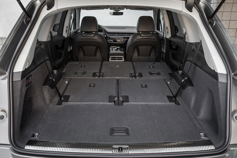 2017 Audi Q7 Prestige 4dr SUV Interior