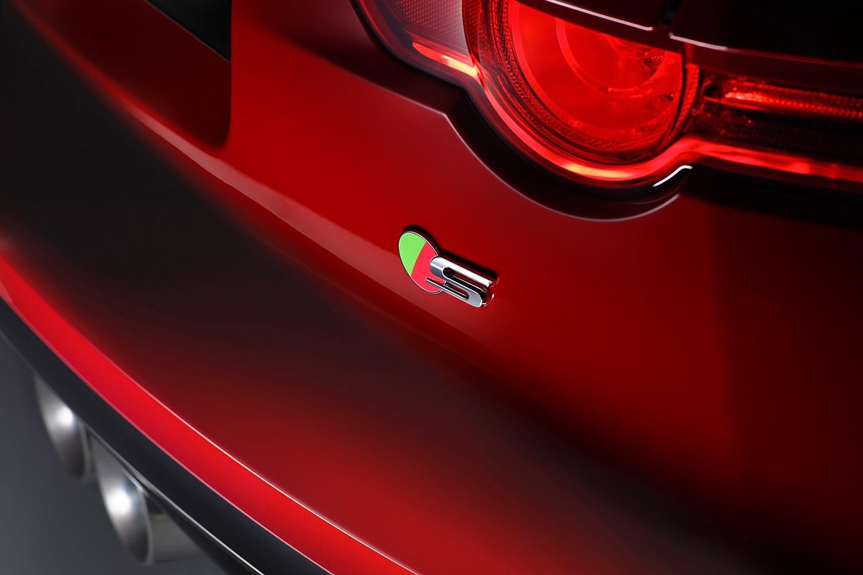 2016 Jaguar F-TYPE S Convertible Rear Badge