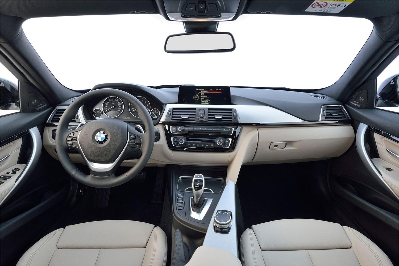 BMW 3 Series 340i Sedan Dashboard (2016 model year shown)