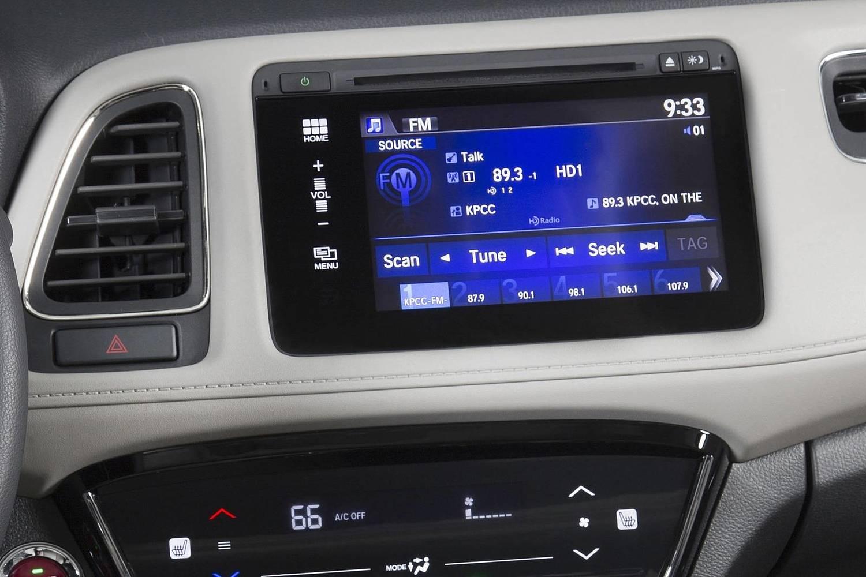 2016 Honda HR-V EX-L w/Navigation 4dr SUV Center Console