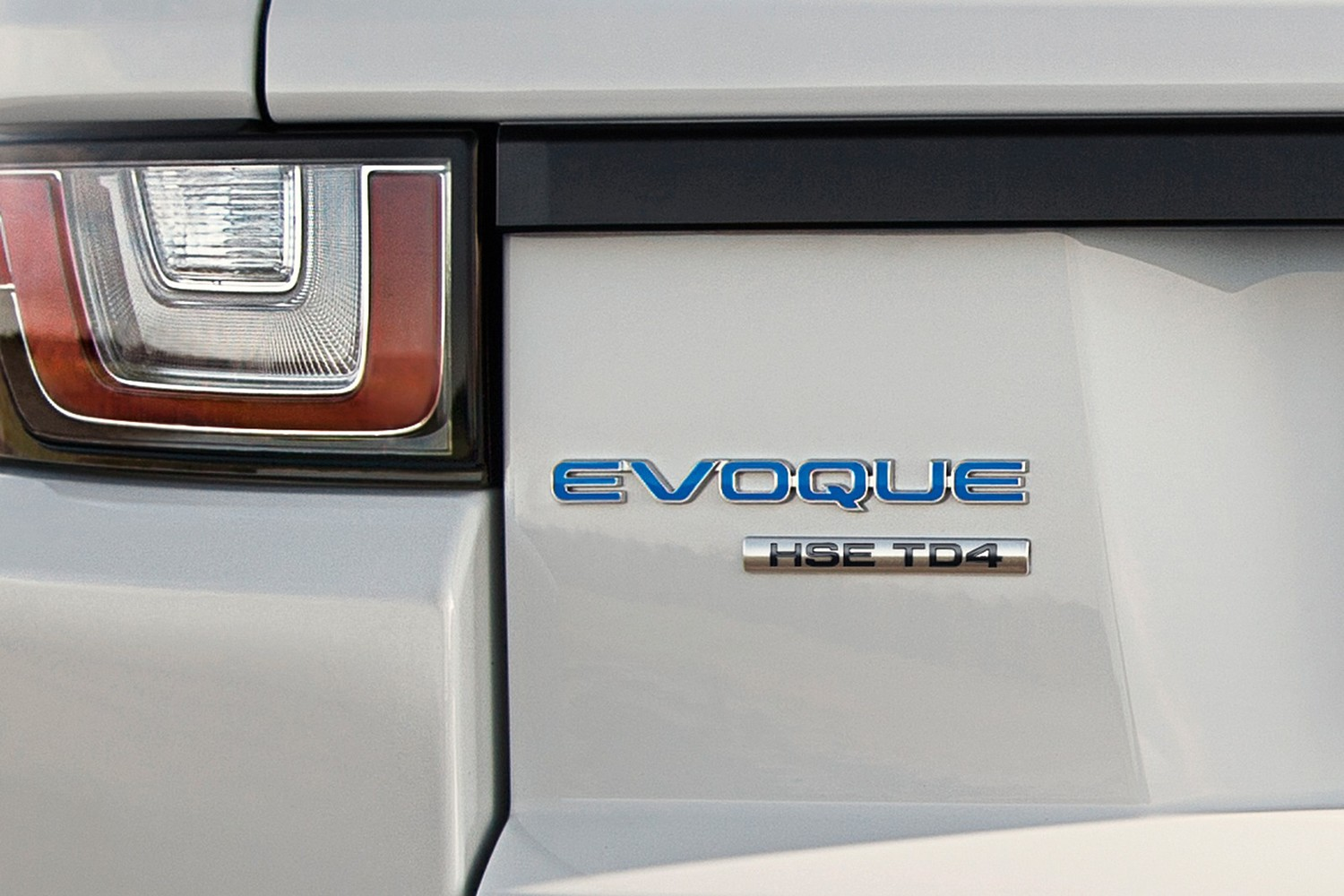 2016 Land Rover Range Rover Evoque HSE w/Dynamic Package 4dr SUV Rear Badge
