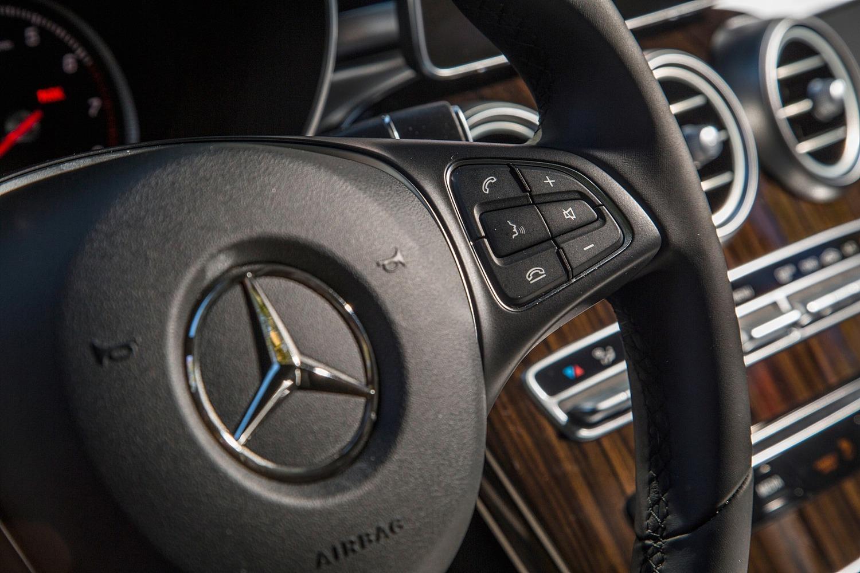 2016 Mercedes-Benz GLC-Class GLC300 4MATIC 4dr SUV Steering Wheel Detail