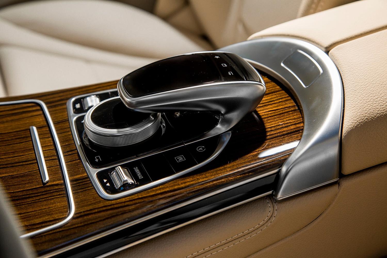 2016 Mercedes-Benz GLC-Class GLC300 4MATIC 4dr SUV Aux Controls