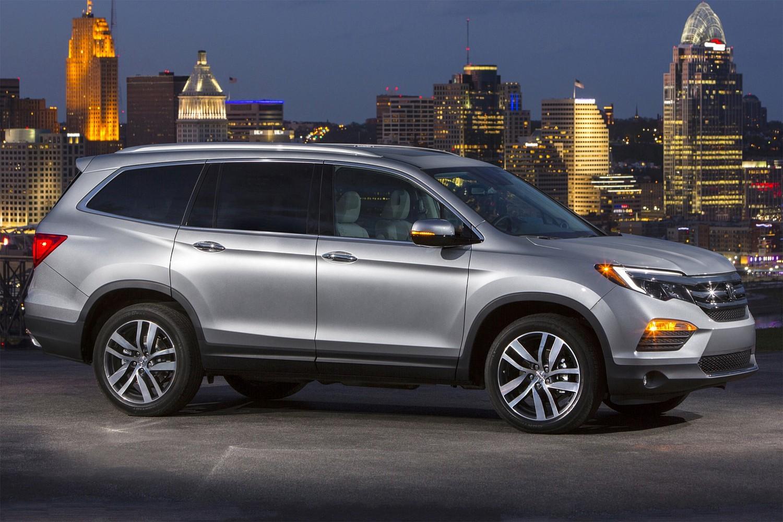 2016 Honda Pilot Elite 4dr SUV Exterior Shown