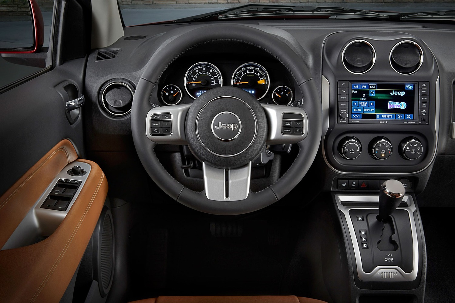 2016 Jeep Compass High Altitude 4dr SUV Interior. Options Shown.