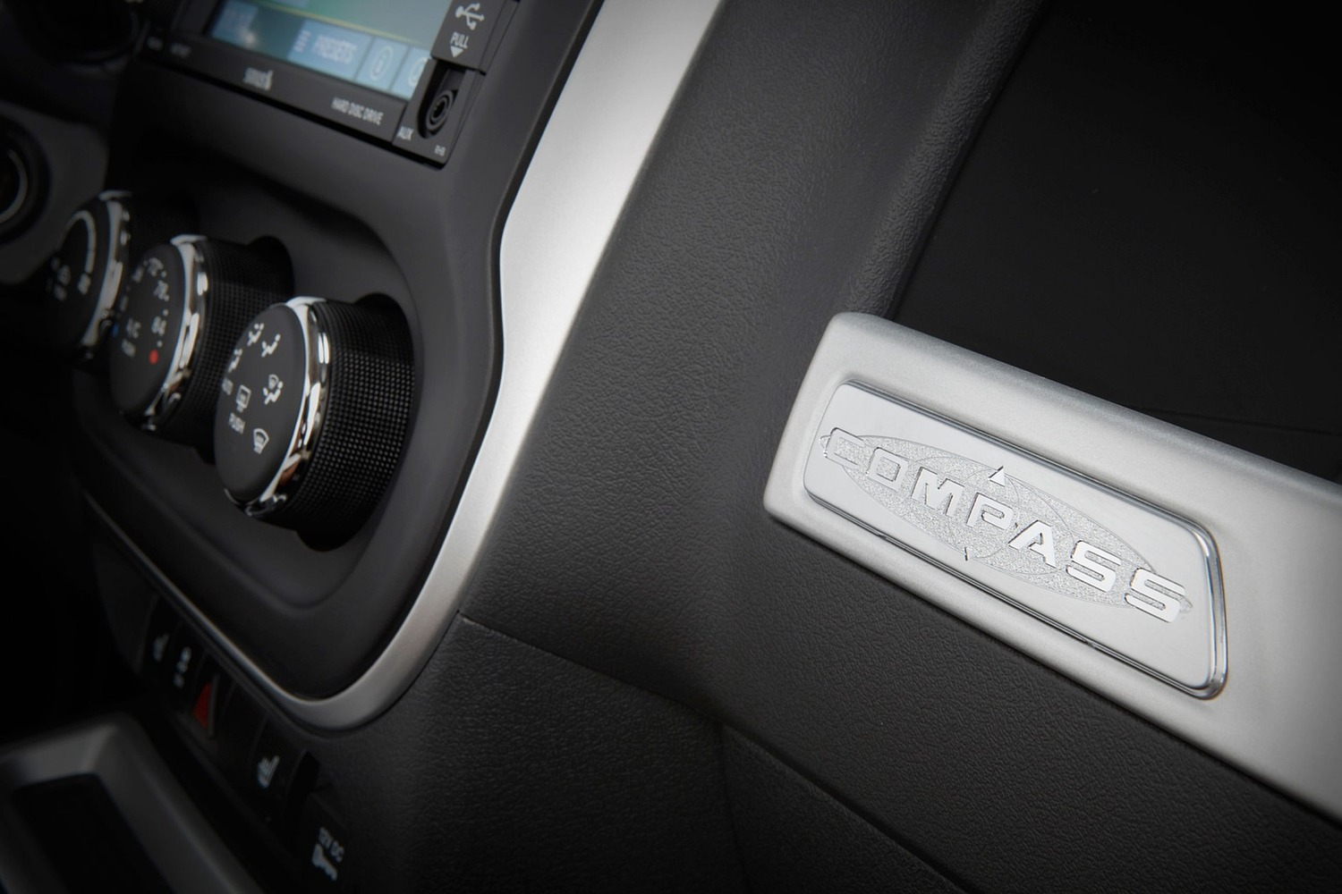 2016 Jeep Compass High Altitude 4dr SUV Interior Detail