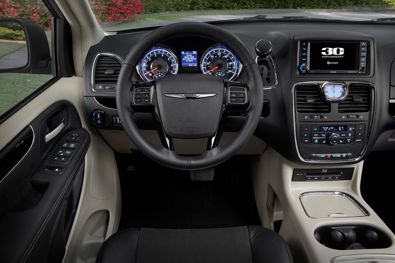 2016 Chrysler Town and Country Anniversary Edition Passenger Minivan Interior