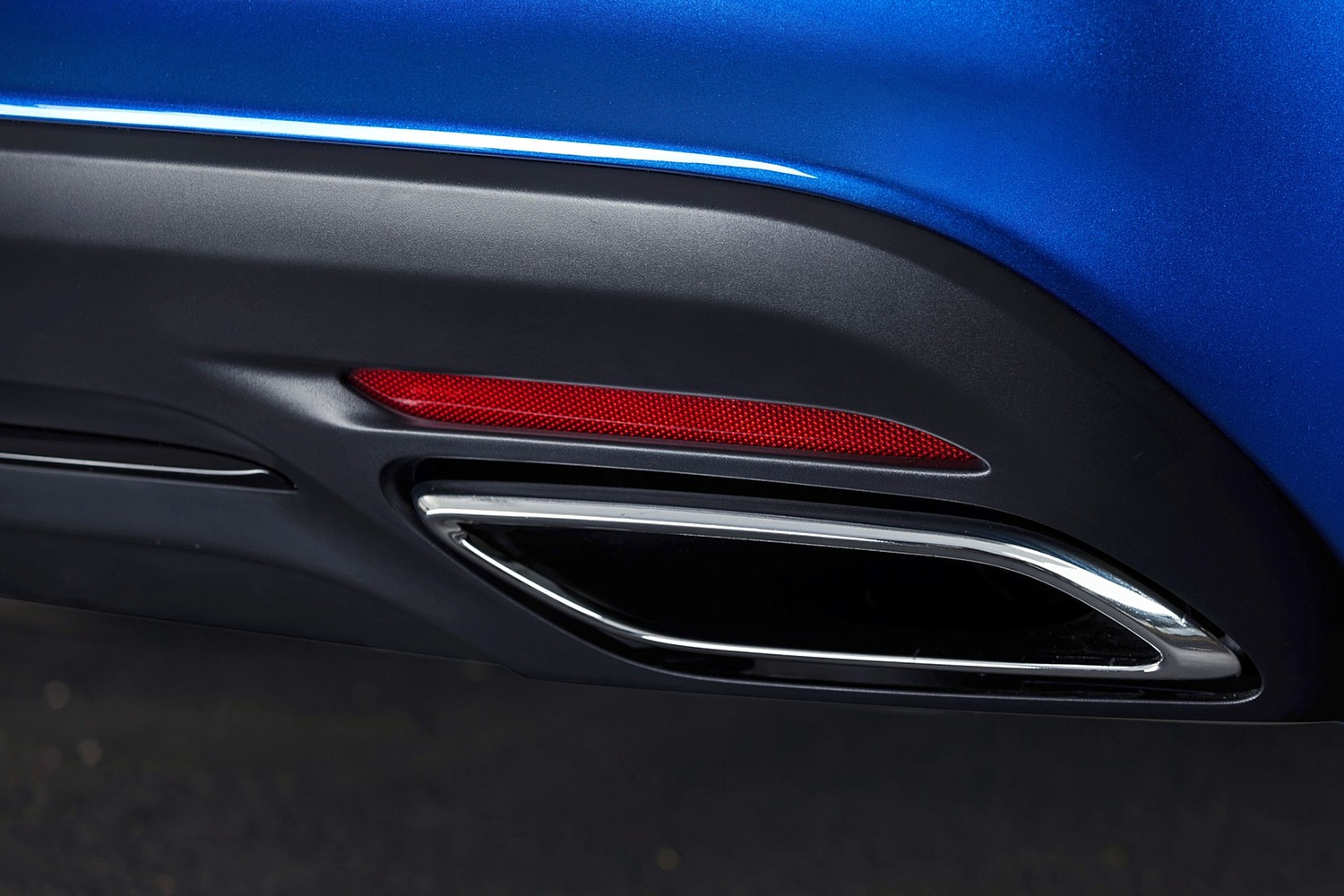 2016 Chrysler 200 S Sedan Exterior Detail
