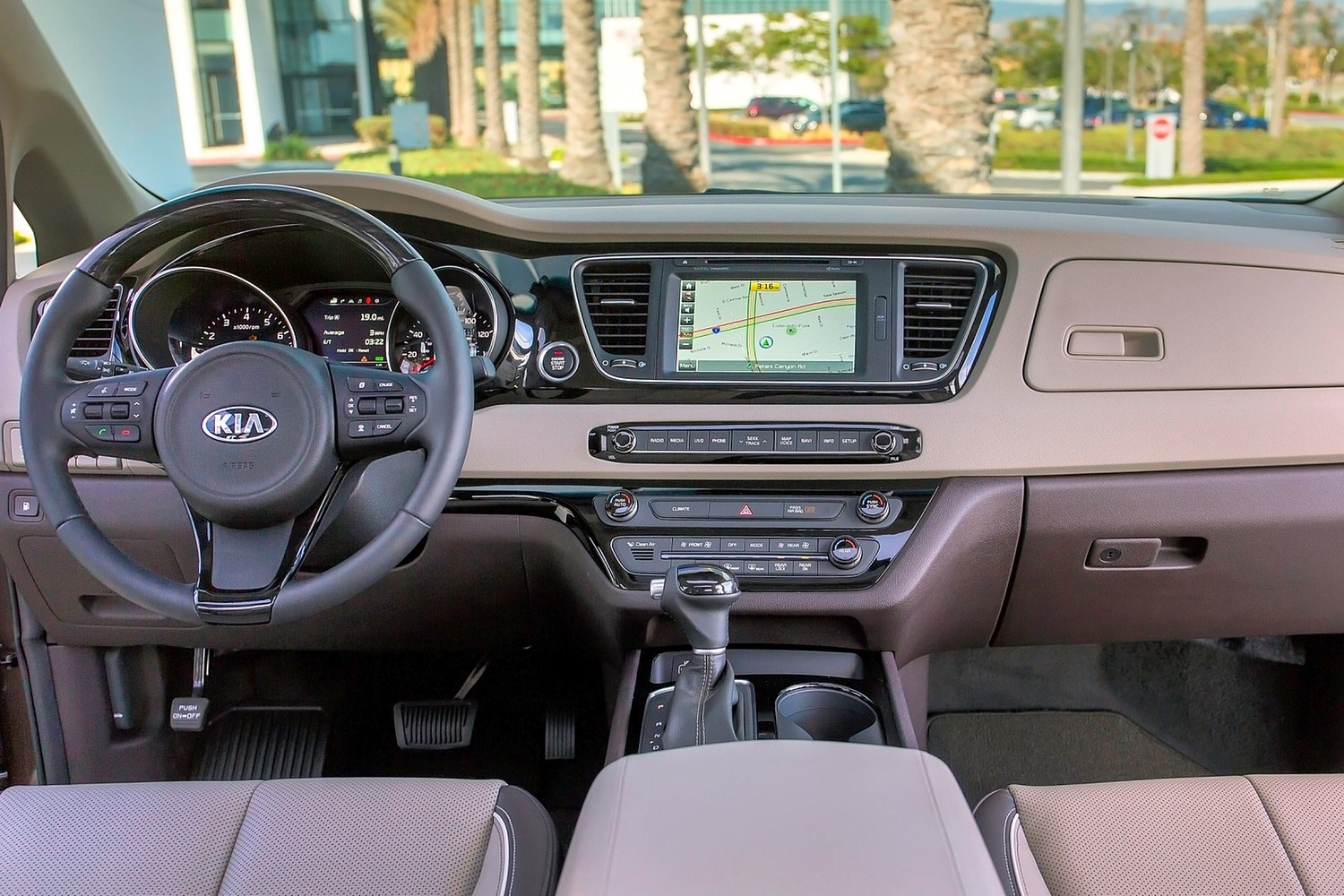 Kia Sedona SX Limited Passenger Minivan Dashboard Shown (2016 model year shown)